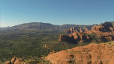 Flying westbound along the red rocks west of Sedona.